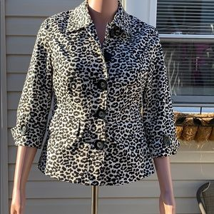 Women's forever 21 animal print blazer size M